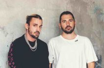 01 DIMITRI VEGAS & LIKE MIKE