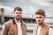 26 THE CHAINSMOKERS