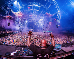 RESISTANCE MIAMI LOCKS CARL COX, ADAM BEYER B2B CIREZ D, AMELIE LENS, MORE IN FIRST PHASE