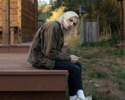 PORTER ROBINSON UNVEILS NEW TRACK 'MIRROR'