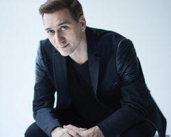 PAUL VAN DYK RELEASES NEW ALBUM, 'GUIDING LIGHT'